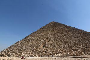 """Mokslininkai: Cheopso piramidėje aptiktos dvi dar nežinomos """"tuštumos"""""""