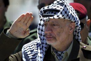 Prancūzų prokuroras reikalauja atmesti Y. Arafato mirties bylą