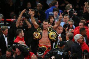 Vladimiras Kličko apgynė pasaulio profesionalų sunkaus svorio bokso čempiono titulą