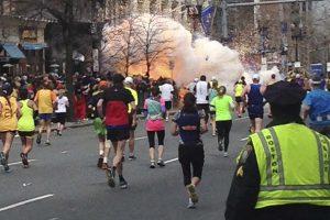 """""""Adidas"""" sulaukė kritikos dėl dviprasmiško pasveikinimo Bostono maratono dalyviams"""