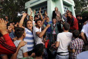 Bulgarijoje pabėgėlių stovykloje protestuoja migrantai