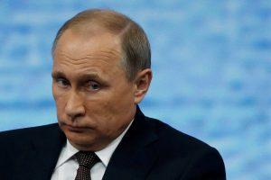 V. Putinas Latvijos gyventojų skaičiaus mažėjimą laiko katastrofišku