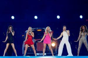 """Netylant kalboms apie atsikūrimą, Londone susitiko buvusios """"Spice Girls"""" narės"""