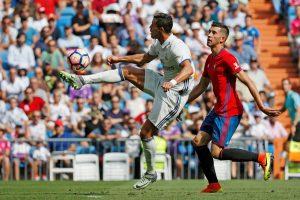 """Madrido """"Real"""" tapo vienvaldžiu Ispanijos futbolo pirmenybių lyderiu"""
