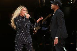 JAV popmuzikos žvaigždė Beyonce laukiasi dvynukų