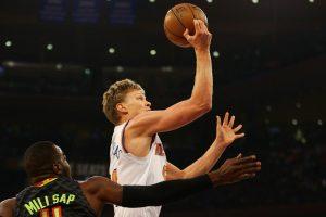 NBA: pirmą kartą starto penkete žaidęs M. Kuzminskas pelnė 14 taškų