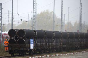 """Suomijos įlankoje pradėtas tiesti dujotiekis """"Nord Stream 2"""""""