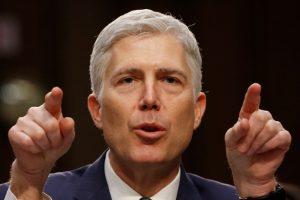 Senatas patvirtino konservatyvių pažiūrų N. Gorsuchą JAV Aukščiausiojo Teismo teisėju