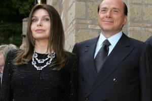 S. Berlusconi buvusi žmona turės grąžinti jam maždaug 60 mln. eurų alimentų