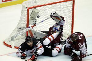 Latvijos ledo ritulininkai tik po pratęsimo pralaimėjo Kanadai