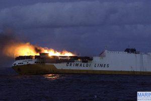 Prie Prancūzijos krantų nuskendo Italijos prekybinis laivas