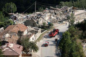 Italija šeštadienį gedės žemės drebėjimo aukų