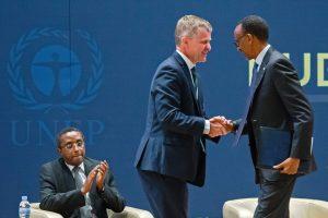 Ruandoje šalys susitarė nebenaudoti šiltnamio efektą sukeliančių HFC medžiagų