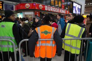 Nepatenkinti britų darbuotojai metus nusprendė pabaigti streikais