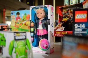 """Vokietijoje uždrausta lėlė """"šnipė"""""""