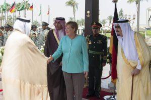 A. Merkel vizitu Saudo Arabijoje pradėjo kelionę po Persijos įlankos šalis