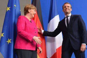 Vokietijos kanclerė priėmė naująjį Prancūzijos prezidentą