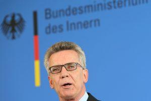 Vokietijos ministras G-20 susitikimo riaušininkus palygino su teroristais