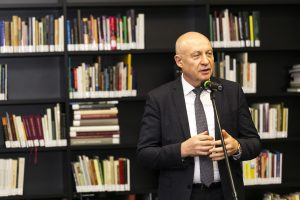 Nacionalinės M. Mažvydo bibliotekos vadovo konkursą laimėjo prof. R. Gudauskas