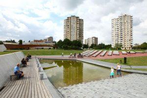 Savivaldybė ieško prižiūrėtojo Čečėnijos aikštei