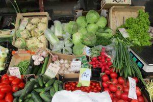 Augintojai: daržovių derlius mažesnis, jos tikriausiai brangs
