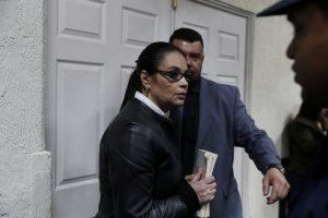 Buvusi Gvatemalos viceprezidentė nuteista 15,5 metų kalėti už korupciją