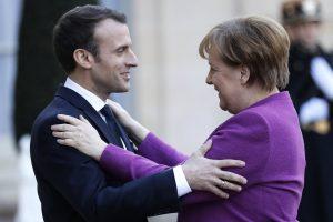A. Merkel: daug dalykų S. Skripalio byloje rodo, kad už jo gyvybę atsakinga Rusija
