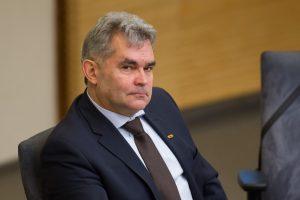 Liberalo logika: privalėdami vairuoti blaivūs lietuviai bus daug nelaimingesni