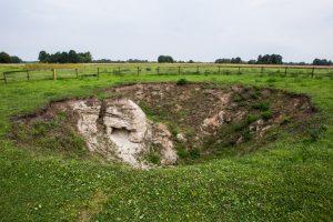 Dėl Pasvalio rajone atsivėrusios smegduobės daug gyventojų liko be elektros, vandens