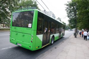 Teismas mėnesiui atidėjo Vilniaus viešojo transporto darbuotojų streiką
