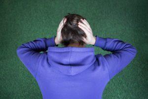 Nepakenčiamas galvos skausmas gali signalizuoti apie smegenų aneurizmą