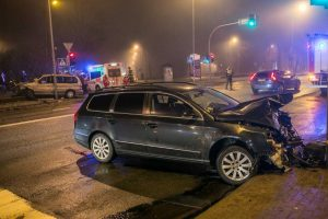 Rūko apgaubtoje Klaipėdoje susidūrė automobiliai