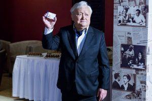 Televiziją paliekančiam A. Čekuoliui – nuolatinio LRT garbės svečio bilietas