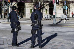 Švedas pasiųstas už grotų dėl žinučių feisbuke, raginančių finansuoti džihadistus