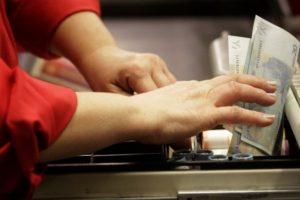 Iššūkis verslui – euro įvedimui pritaikyti kasos aparatus