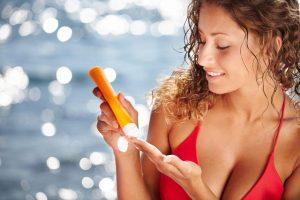 Vaistinėse populiarus kremas po saulės vonių