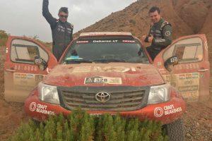 Dakaro ralis: A. Juknevičius važiavo sėkmingai, B. Vanago automobilis stovi