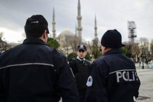 Stambule Naujųjų metų vakarą saugumo sumetimais bus dislokuota 40 tūkst. pareigūnų