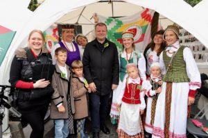 Premjeras: puoselėkime lietuvišką savimonę, kalbą ir ryšį su Lietuva