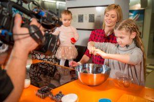 Aktorė A. Grudytė: dukrą į virtuvę reikia leisti dažniau