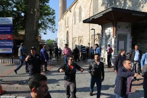 Turkijoje Bursos mieste susisprogdino moteris, yra nukentėjusiųjų