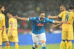 """G. Higuaino rekordas ir penktasis Italijos """"Napoli"""" klubo sidabras"""