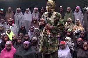 Nigerijos islamistai paviešino vaizdo įrašą su pagrobtomis mokinėmis