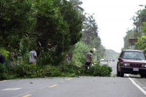 Per Nikaragvą slenkantis uraganas susilpnėjo iki atogrąžų audros