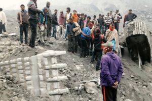 Indijoje įgriuvus kasyklai žuvo mažiausiai dešimt žmonių