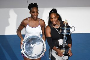 "Istorinis triumfas: Serena Williams ""Australian Open"" finale pranoko seserį Venus"