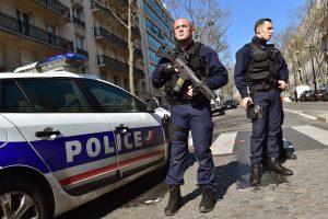 TVF biure Paryžiuje sprogus laiške paslėptam užtaisui sužeista darbuotoja