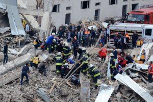 Turkijoje per sprogimą policijos komplekse žuvo žmogus, keli sužeisti