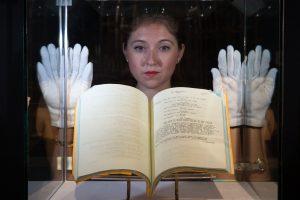 A. Hepburn asmeniniai daiktai parduoti už daugiau kaip 5 mln. eurų