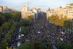 Barselonoje prieš policijos smurtą protestavo 700 tūkst. žmonių